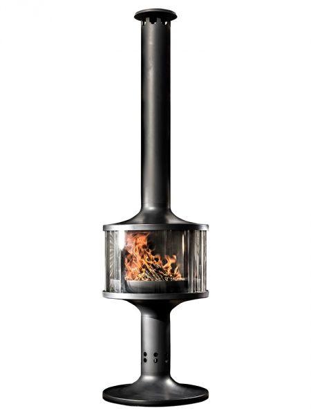 Gartenkamin The Poser mit Feuer